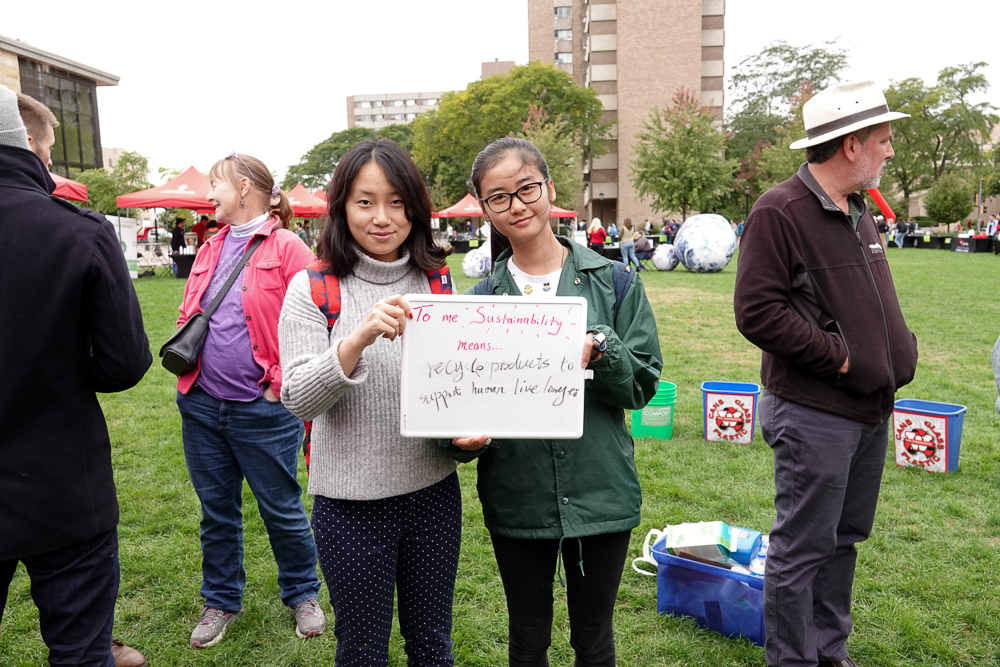 Two students share their vision for sustainability. Photo by Office of Sustainability intern team.