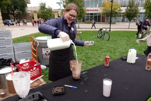 Office of Sustainability intern Ally Magnin preps a milkshake. Photo by Office of Sustainability intern team.